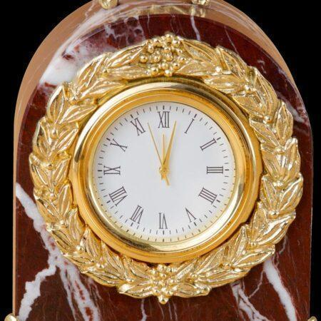 Polished Juliet marble clockmade of materials: Bronze , Marble manufacturing technique Polished - handmade