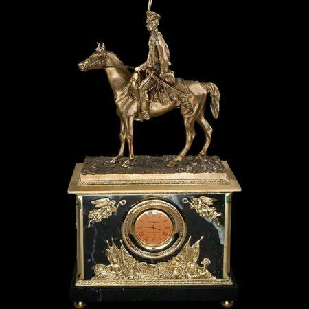 Hussar marble clockmade of materials: Bronze , Marble manufacturing technique Gilding - handmade