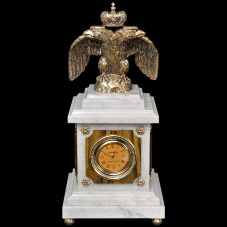 Eagle clock - tiger eyemade of materials: Bronze , Marble , Tiger's Eye manufacturing technique Patina